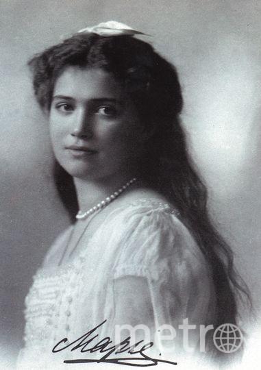 10 лет останки великой княжны Марии и цесаревича Алексея не могут похоронить. Сначала они хранились в Госархиве РФ, теперь – в Новоспасском монастыре в Москве.