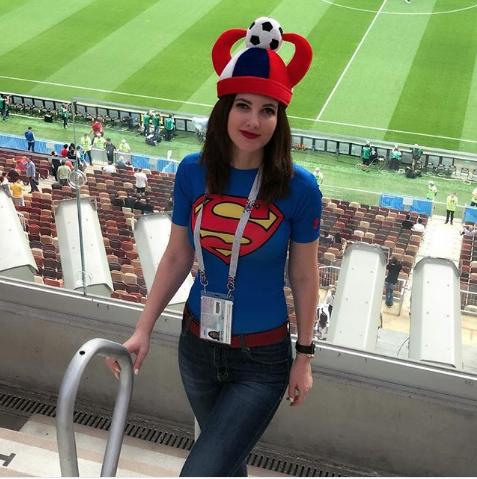 Болельщица матча Хорватия – Англия. Фото Instagram/miraclekg