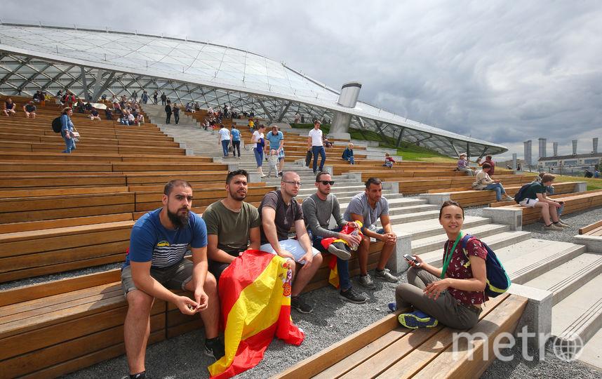 Испанцы в амфитеатре Зарядья. Фото Василий Кузьмичёнок