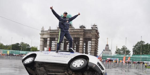 На Октябрьской площади ВДНХ, напротив 75-го павильона, состоится суперзрелищное экстрим-шоу.