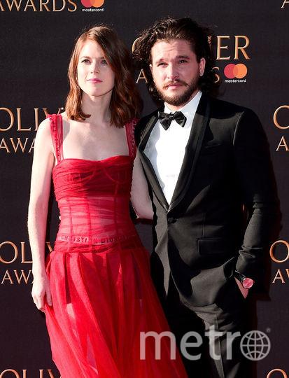 Актёр Кит Харингтон с женой. Фото Getty