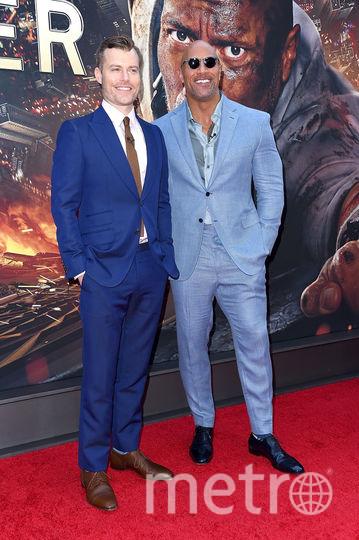 """Дуэйн Джонсон и Роусон Маршалл Тёрбер на премьере фильма """"Небоскрёб"""". Фото Getty"""