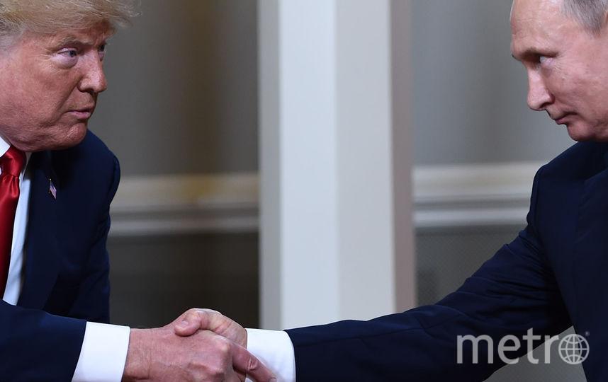 Встреча Путина и Трампа, рукопожатие. Фото AFP