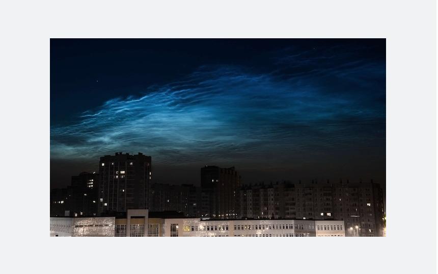 Серебристые облака в июне. Фото Аня Овчинникова | vk.com/spb_today