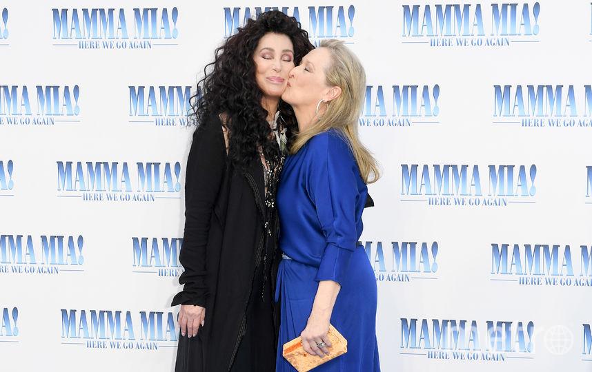 """Лондонская премьера фильма """"Mamma Mia! 2"""". Шер и Мерил Стрип. Фото Getty"""