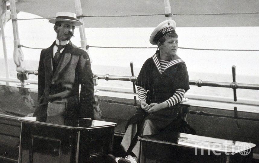 Пьер Жильяр (слева).
