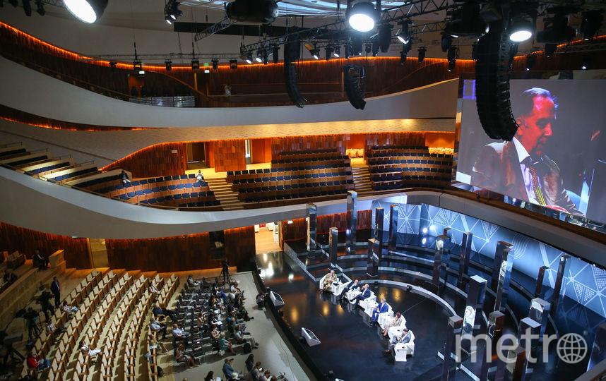 Репортёры Metro одними из первых взглянули на концертный зал «Зарядье», который трансформируется под разные мероприятия. Фото Василий Кузьмичёнок
