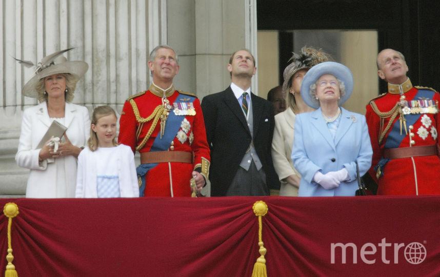 Общее фото на балконе в День монарха в 2005 году. Фото Getty