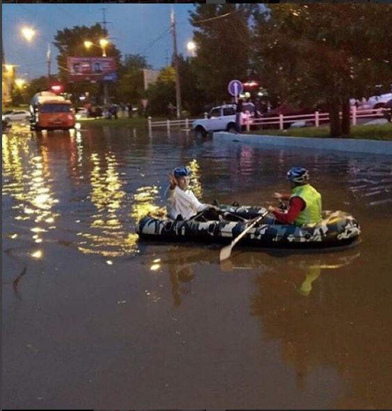 Краснодар затопило после ливней. Фото https://www.instagram.com/p/BlXM9EZA6wq/?taken-at=213742796
