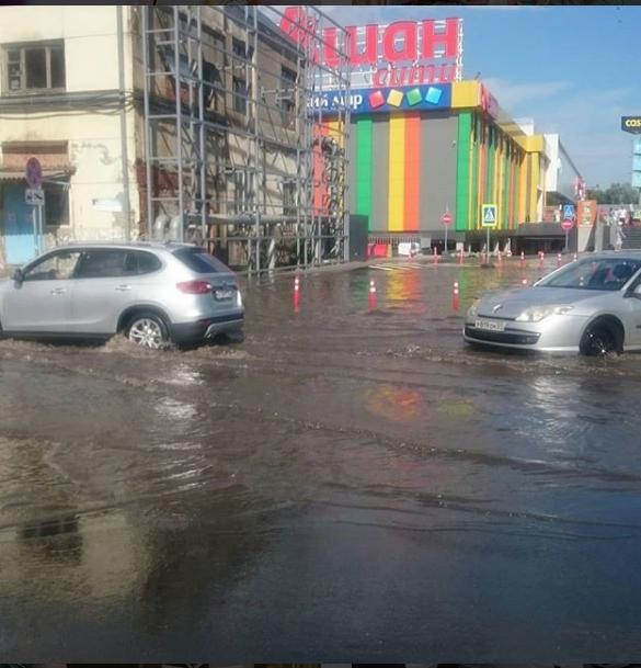 Краснодар затопило после ливней. Фото https://www.instagram.com/p/BlXKvmBh4Uo/?taken-at=213742796