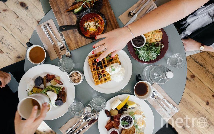 Работодатели в Петербурге заманивают сотрудников едой. Фото Pixabay.com