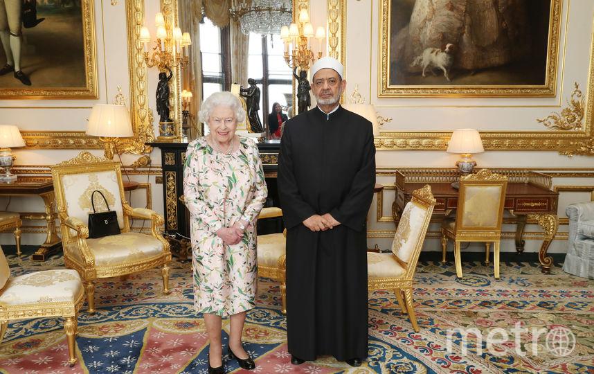 Елизавета II ранее уже надевала подаренную Бараком Обамой брошь во время официальных приёмов. Фото Getty