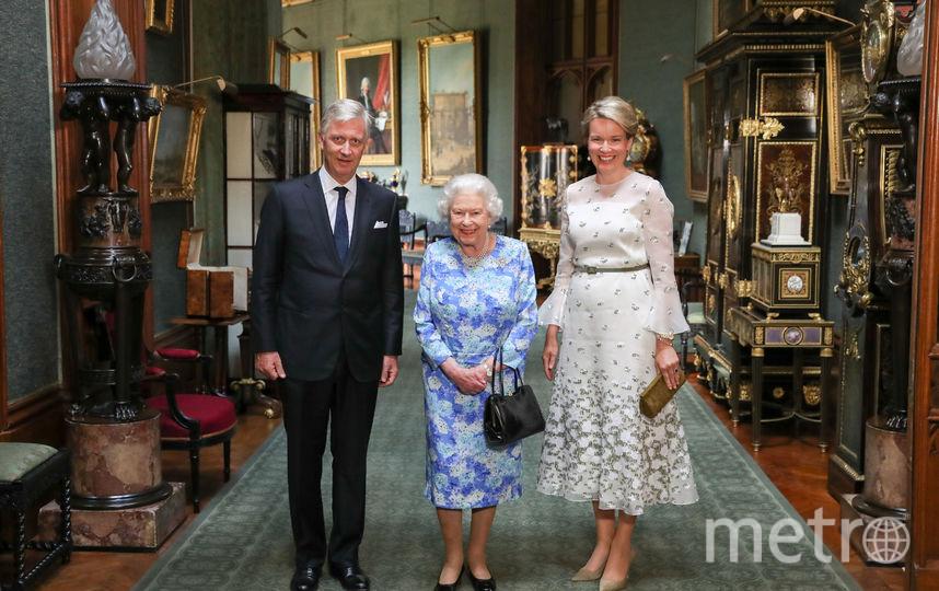 Елизавета II ранее уже надевала брошь своей матери во время официальных приёмов. Фото Getty