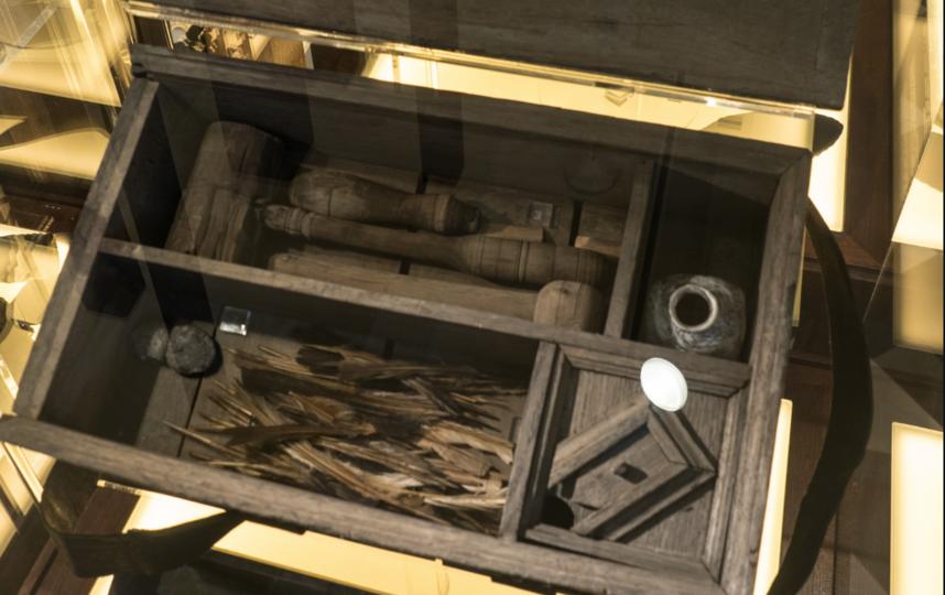 """Артефакты, представленные на выставке. Фото Святослав Акимов, """"Metro"""""""