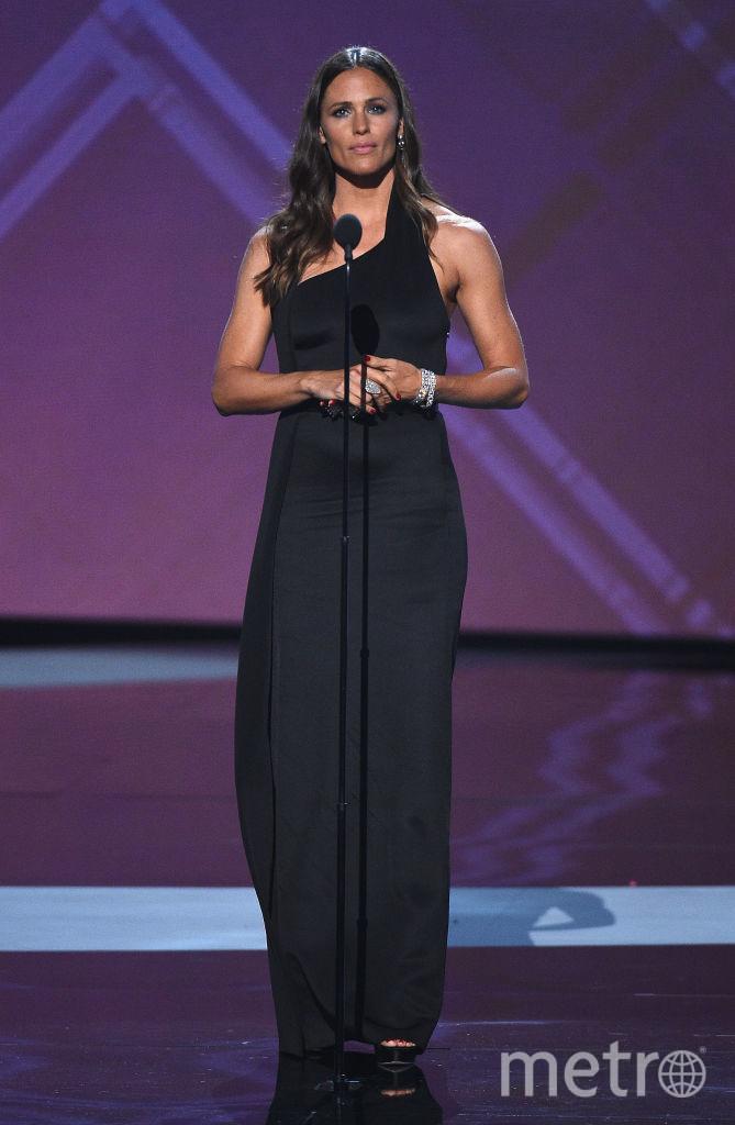 """Красотки на спортивном """"Оскаре"""" в Лос-Анджелесе: откровенные и шокирующие наряды. Дженнифер Гарнер. Фото Getty"""