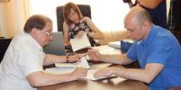 Анатолий Кубанов сдал подписи в областную избирательную комиссию