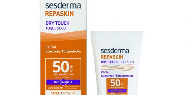 11. Солнцезащитный крем-гель Sesderma Repaskin Dry Touch SPF50.