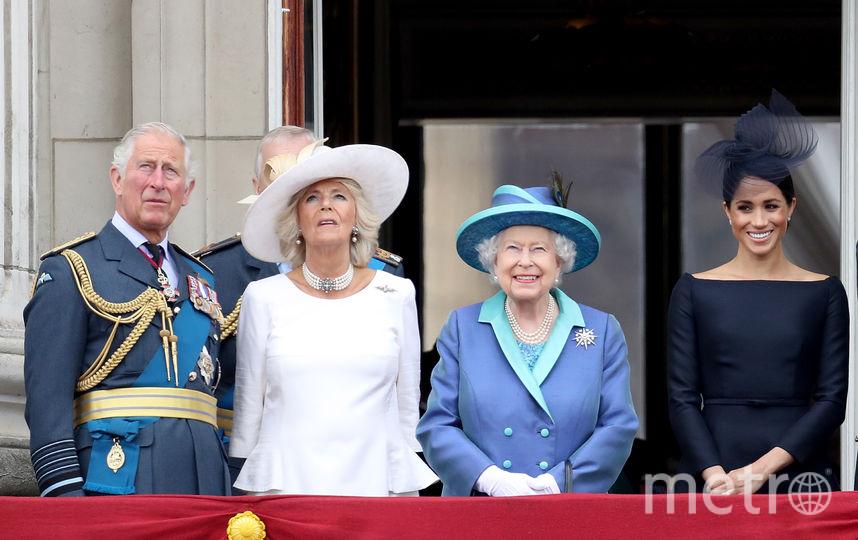 Принц Чарльз, Камилла Паркер-Боулз, Елизавета II и Меган Маркл. Фото Getty
