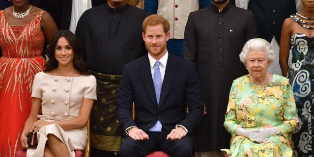 Меган Маркл, принц Гарри и Елизавета II.