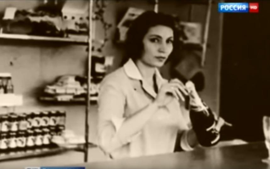 Джуна. Кадры из телепрограмм об экстрасенсе. Фото Скриншот Youtube