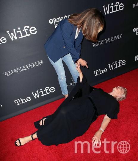 """Премьера фильма """"Жена"""" в Лос-Анджелесе. Гленн Клоуз и Роуз Бирн. Фото Getty"""