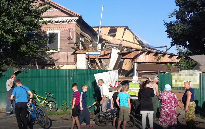 В Красном селе прогремел взрыв: людей доставали из-под завалов. Фото www.megapolisonline.ru/