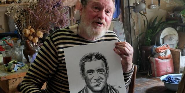 Андрей Краско умер через два года после окончания съёмок сериала. В продолжении появятся его портреты и фотографии.