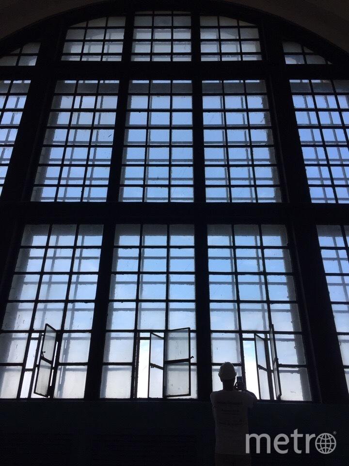 """В машинном зале Волховской ГЭС. Фото Карина Тепанян, """"Metro"""""""