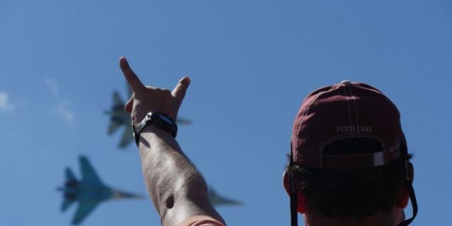 """4 и 5 августа авиационная группа высшего пилотажа """"Русские Витязи"""" устроит захватывающее авиашоу."""