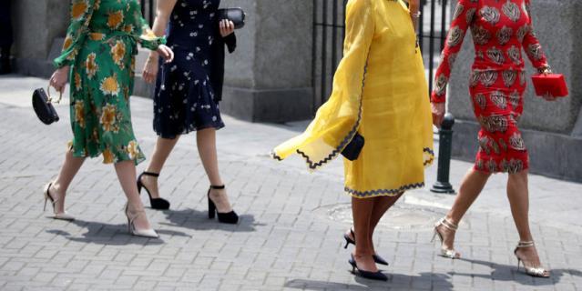 Принцесса Евгения (слева).