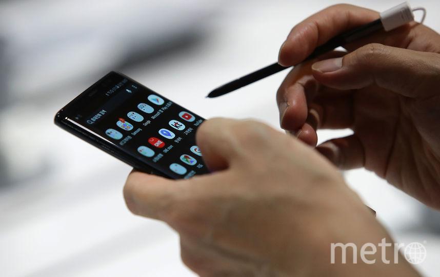 Новый экран планируется использовать в будущих смартфонах, портативных игровых консолях, военных устройствах и в автомобильных компьютерах. Фото Getty