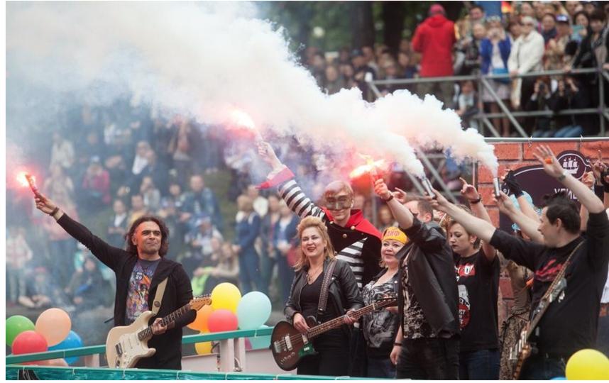 """Речной карнавал - 2017. Фото """"Metro"""""""