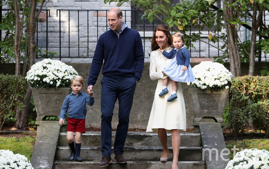 Принц Джордж с родителями и сестрой Шарлоттой. Фото Getty