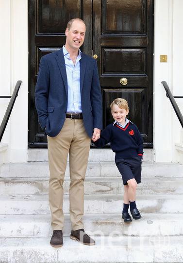 Принц Джордж с папой принцем Уильямом. Фото Getty