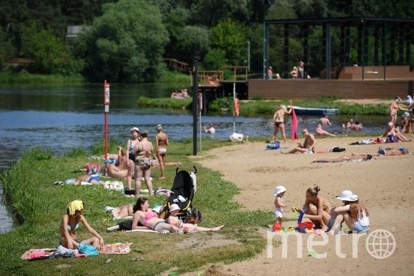 Сотрудник МЧС рассказал, как не утонуть на столичных пляжах. Фото РИА Новости