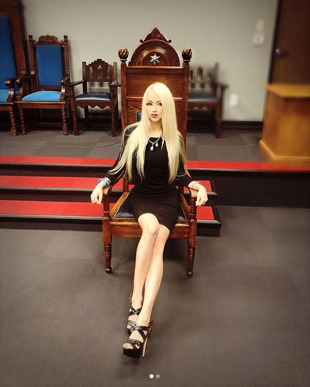 valeria lukyanova instagram - 636×794