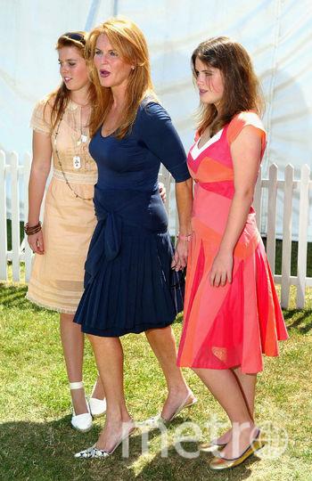 Принцесса Беатрис с мамой и сестрой. Фото Getty