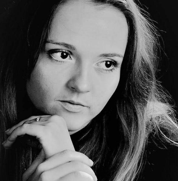 Мария Симдянкина. Фото скриншот https://www.instagram.com/elena_ksenofontova_official/
