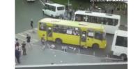 У автобуса, который задавил пешеходов в Мытищах, могли отказать тормоза: видео
