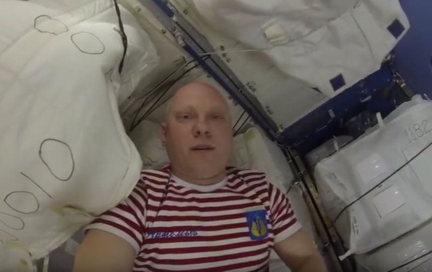 Кадры из видео Олега Артемьева. Фото Скриншот Youtube