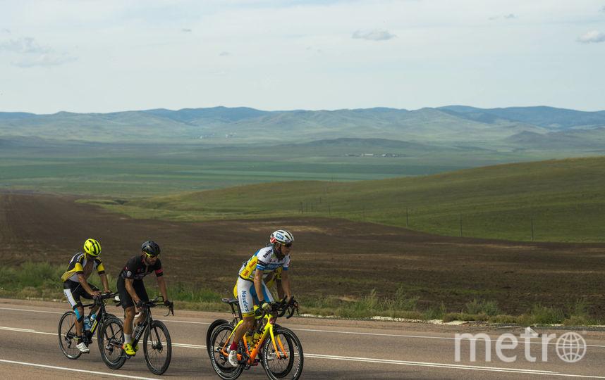 Гонщики едут до Владивостока. Фото redbullcontentpool.com
