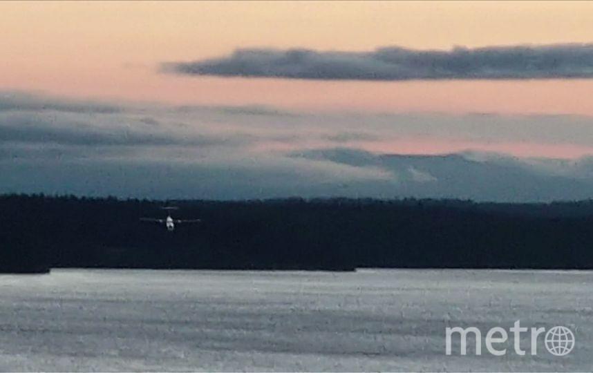 Кадры крушения самолёта Horizon Q400, сделанные наблюдателем Джоном Валдроном. Фото AFP