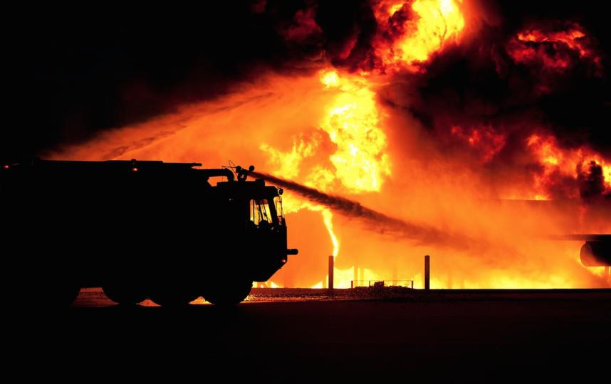 Самолет МЧС вылетел в Крым для борьбы с огнем в лесу рядом с Ялтой. Фото pixabay.com