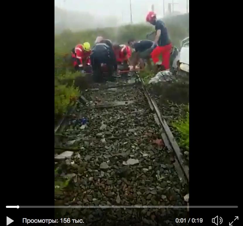 В Генуе ликвидируют последствия обрушения моста. Фото скриншот видео twitter.com/cclerici