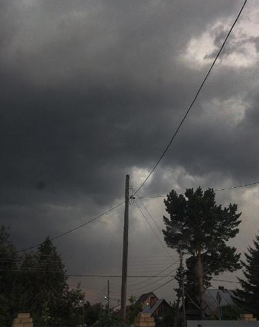 Ураган в Тюмени. Фото instagram/klyukva.va