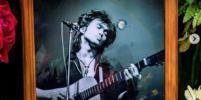 28 лет без Виктора Цоя: Как вспоминают музыканта сегодня