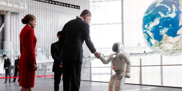 ИИ часто представляют с лицом робота.
