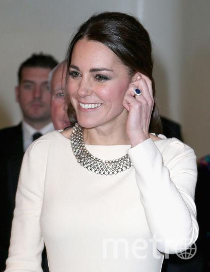 То самое кольцо принцессы Дианы, которое сейчас носит Кейт Миддлтон. Фото Getty
