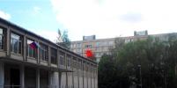 В Петербурге продолжает работать бордель рядом со школой
