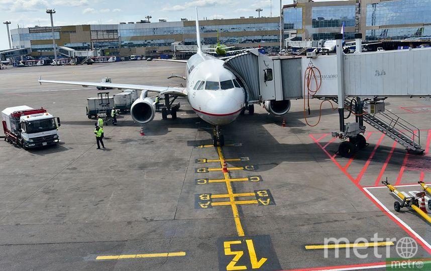Самолёт с 202 пассажирами совершило аварийную посадку в Уфе из-за возгорания двигателя. Фото Василий Кузьмичёнок